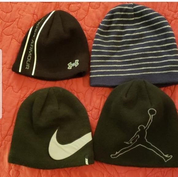 a2e8c4ec Nike UA Youth Beanie Stocking Cap Winter Bundle. M_5c6f676b2e147873f5059ce7